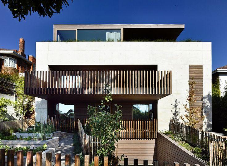 Rob Kennon Architects | In-situ House balustrade,