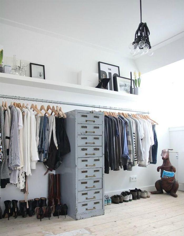 12 Idees De Rangement Pour Remplacer L Armoire Elle Decoration Armoire Idees Rangement Vetement Idee Dressing