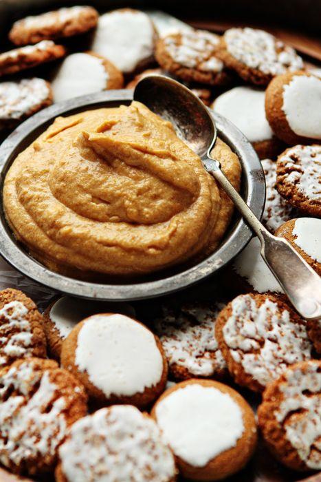 Pumpkin Dip | pumpkin recipes, pumpkin desserts & sweets