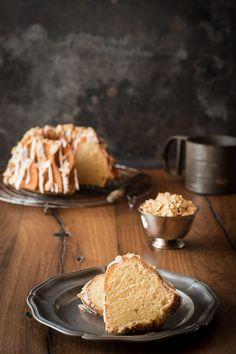 Amaretto-Kuchen schwankt, lecker, einfach   – Kuchen