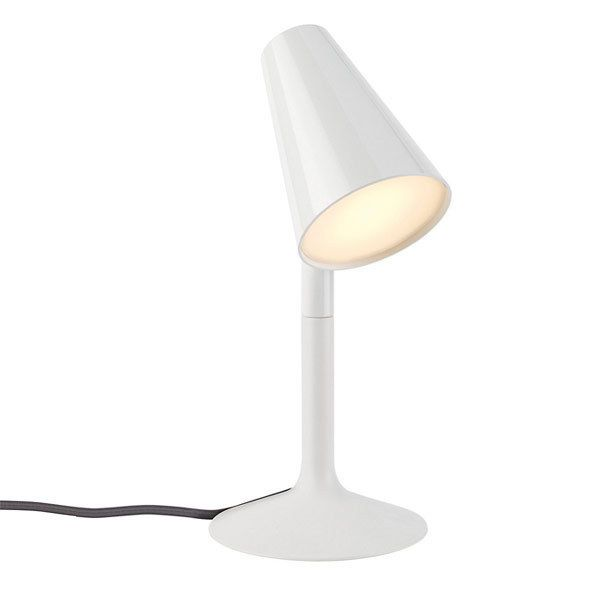 Suitable For Office Or Desks Which Have A Modern Theme. 2.5 Watt Power. LED