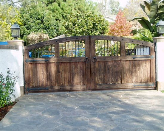 estate driveways and gates backyard