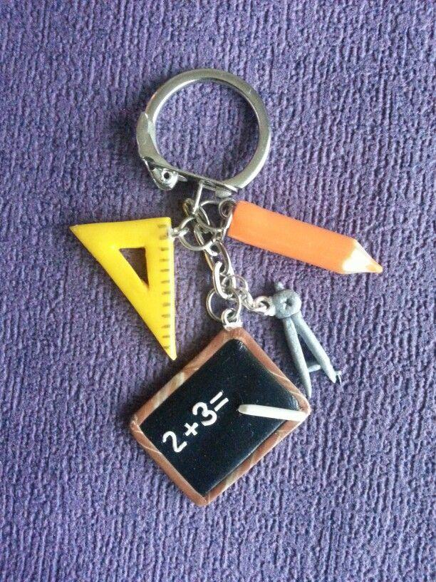 Porte clés écolier.