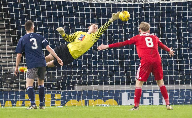 Queen's Park's Wullie Muir in action during the Scottish Cup round 4 replay between Queen's Park and Ayr United.