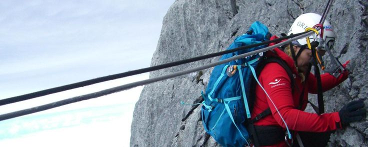 Climbing Carstensz Pyramide