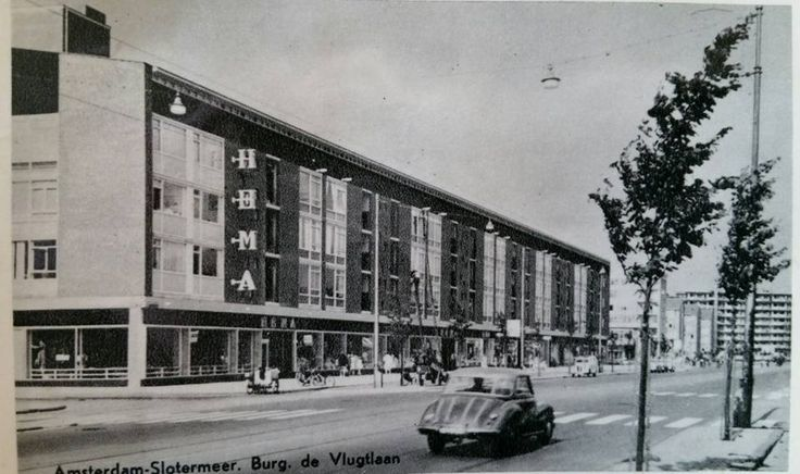 1960 Burg de Vlugtlaan  met links plein 40-45