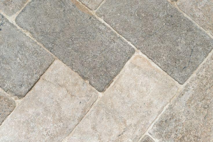 Grey limestone cobbles floor