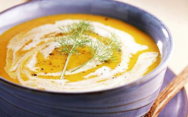 Romige wortel-venkelsoep