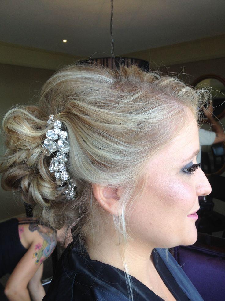 Gorgeous bridal hair ideas Sparkling Belle