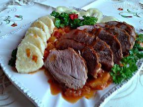 Pečené bravčové pliecko na slanine s lečom a zemiakovým knedlíkom (fotorecept) - Recept