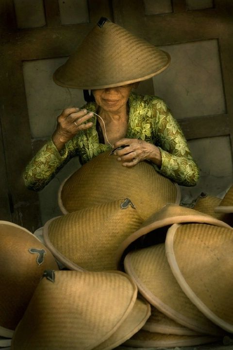 Traditional Cap Maker, Klaten, Central Java, Indonesia © Emanuel Tri Raharjo
