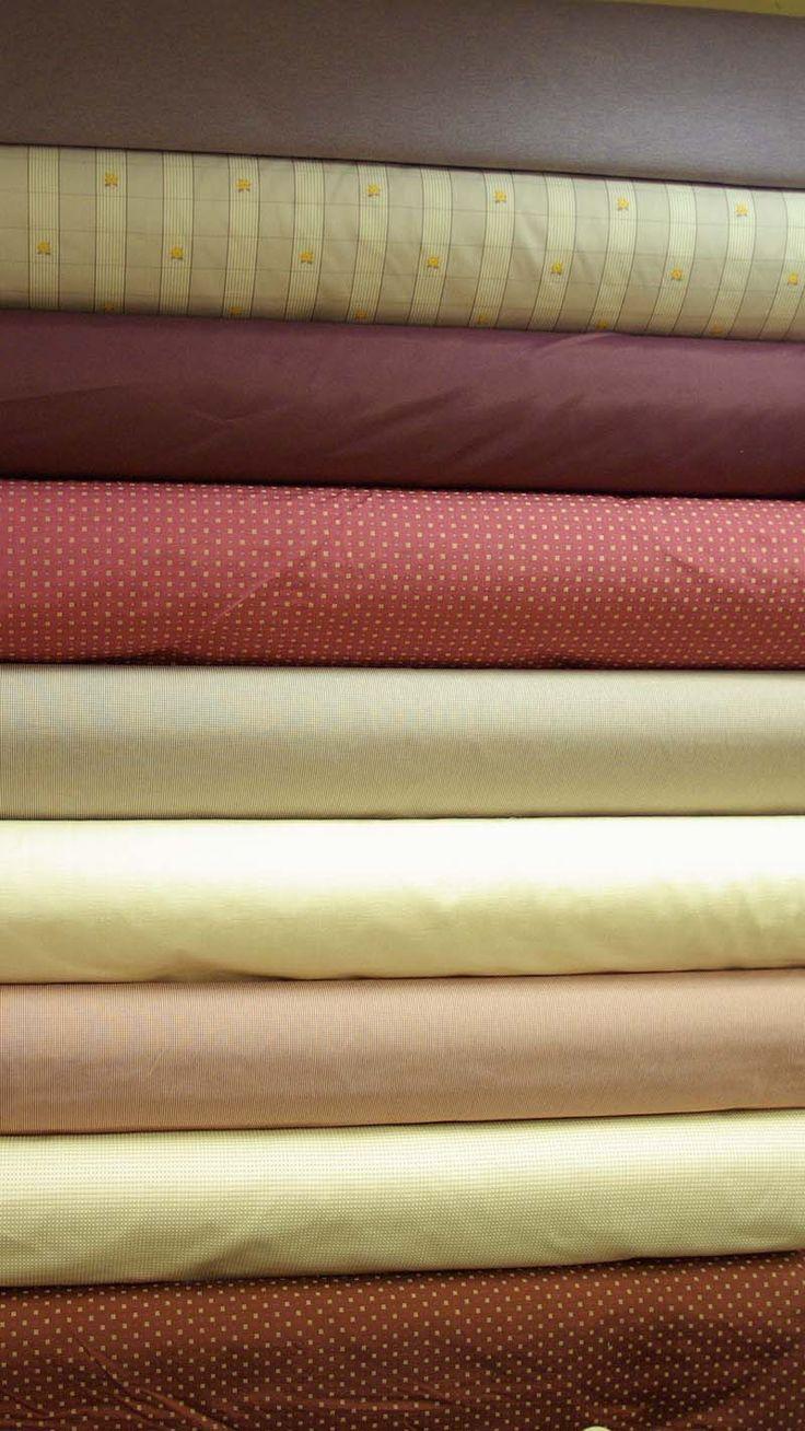 Voici les tout nouveaux tissus d'éditeurs en 1m40, compositions diverses, disponibles au rayon ameublement de votre magasin Ellen Décoration.