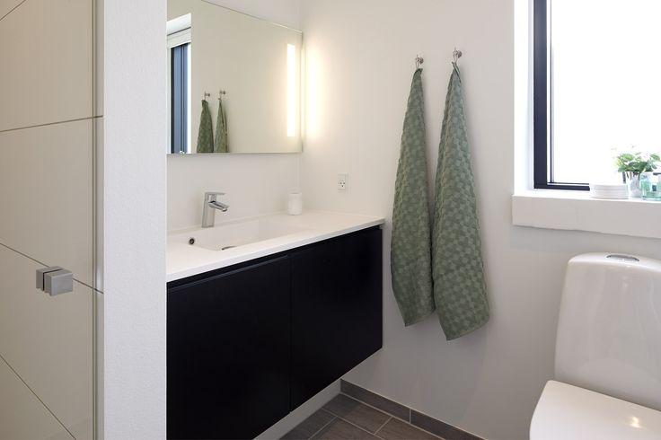 Funktionelt badeværelse til børneafdeling.