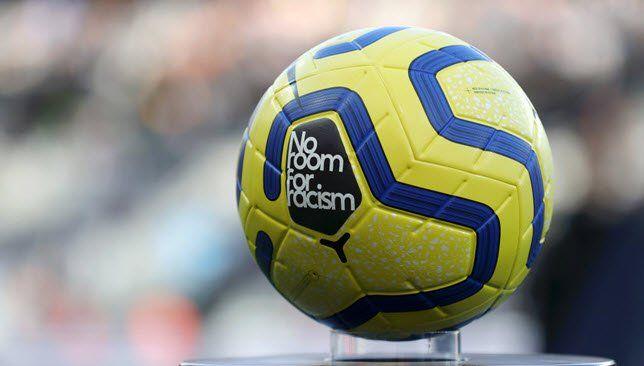 أندية الدوري الإيطالي تدعو المشجعين للمساعدة في القضاء على العنصرية موقع سبورت 360 صاغت أندية الدوري الإيطالي لكرة القدم رسالة مفت Soccer Ball Soccer Sports