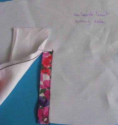 """Eén van de vele manieren om een mouwsplit in een blouse te maken. Dit is een meer klassieke mouwsplit, die je in overhemden vindt. De basis is een techniek uit mijn oude boek """"Knippen en naai…"""