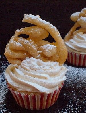 Funnel Cake #Cupcake #Recipe + Chef @emilyellyn!