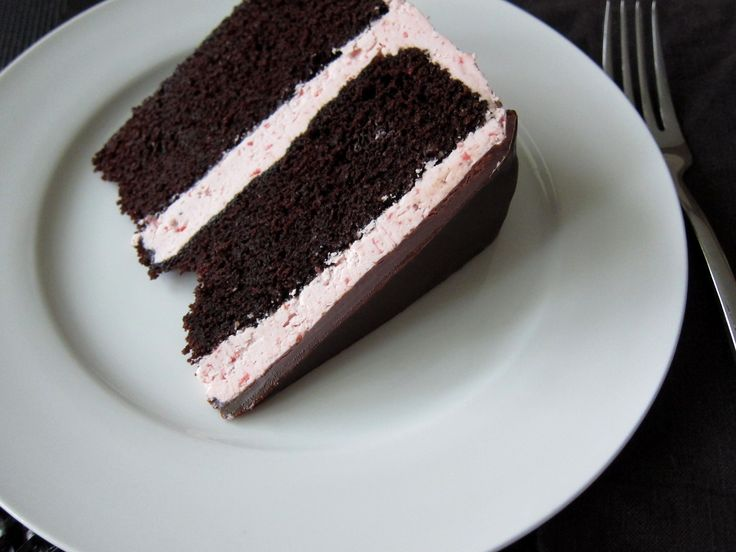 Chocolate Cake with Strawberry Swiss Meringue Buttercream and Chocolate Glaze | OliePants