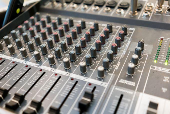 Googles Song Maker experiment makes making songs easy
