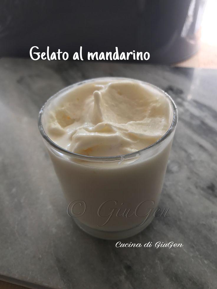 Gelato alla crema di mandarino raccolto dal mio albero a Febbraio che ho  congelato.   Tangerine  cream gelato picked from my tree last February which I froze.