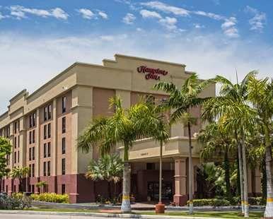 Hampton Inn Miami Dadeland Hotel, FL - Hotel Exterior
