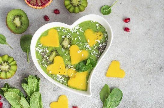 Las verduras, también en los postres | EROSKI CONSUMER. Las verduras y hortalizas son ingredientes muy interesantes para preparar postres sanos, vistosos y originales