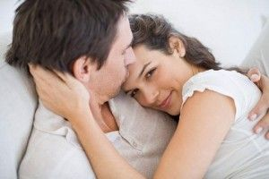 Why hugging is important in a relationship,for healthy relationship cuddling is essential in relationship,5 reasons why cuddling is important in relationshi