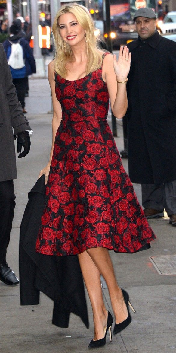 Ivanka Trump is picture perfect in this ladylike rose-print Oscar de la Renta dress and classic black pumps