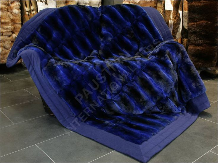 Exclusive Chinchilla Fur Blanket in dark blue with luxury cashmere lining by Lars Paustian - International Furs. You can find our Fur Blankets here: www.paustian-pelze.de oder www.master-furrier.com - #coyote #chinchillablanket #larspaustian #paustianfurs #internationalfurs #fur #furrier #chinchillathrow #chinchillarug #furruf #furthrow #furplaid #furblanket #furryblanket #pelzdecke #felldecke #fell #pelz #chinchilladecke #chinchillapelzdecke #chinchillafelldecke #chinchilla
