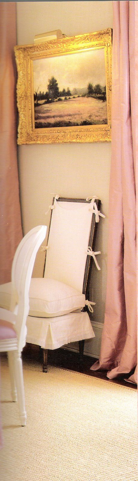 Suzanne Kasler pink dining room.Such an interesting way to slipcover a dining chair..
