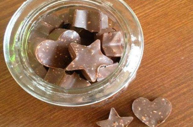Toblerone maison avec Thermomix, une recette des fameux barres chocolatées facile et simple à préparer pour se faire plaisir et surprendre son entourage.