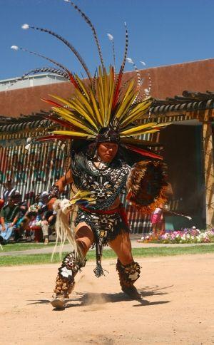 aztec costumes | Les Mayas, les Incas et les Aztèques - JeSuisCultive.com