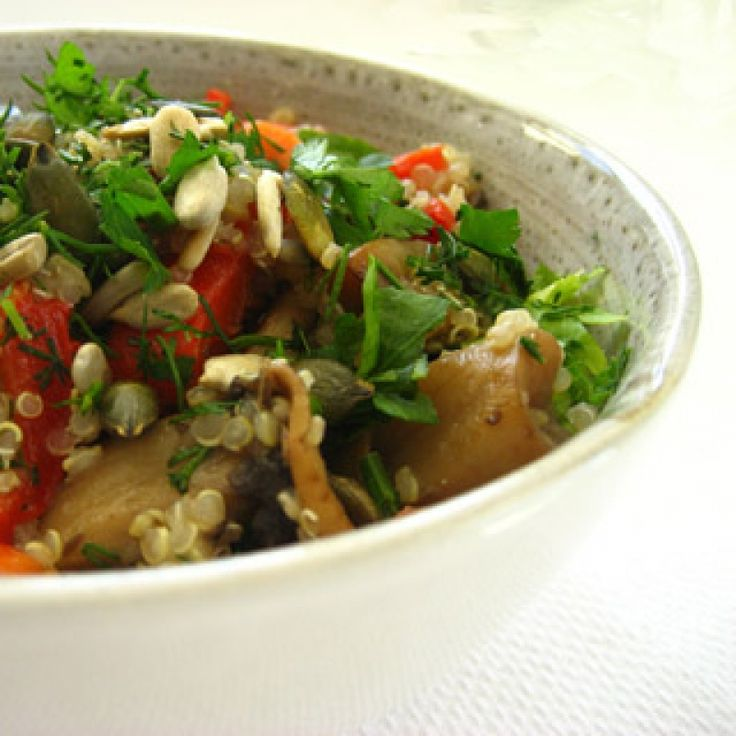 Σαλάτα με κίνοα (quinoa) και λαχανικά - gourmed.gr