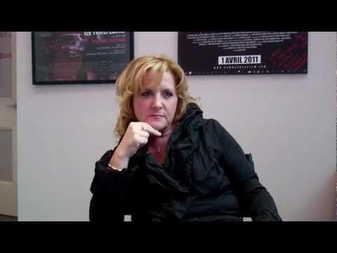 Entrevue avec Edith Perreault, vice-présidente marketing et ventes, TVA, sur les opportunités que la chaîne réserve aux annonceurs en 2012-2013.