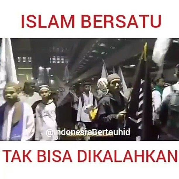 #Part2 Mengarungi Samudra Kehidupan .  #IslamBersatu #TakBisaDiKalahkan .  Upload Ulang Di Akun Sosial Mediamu.. .  Download Pakai aplikasi Instasaver di PlayStore .  Salam Perjuangan Team @IndonesiaBertauhid .  Lihat Reportase Perkembangan Aksi 4 November di Akun #IndonesiaBertauhid  Yuk follow  @IndonesiaBertauhid Yuk follow  @IndonesiaBertauhid Yuk follow  @IndonesiaBertauhid . . #KapolriTangkapAhok #Allahuakbar #BelaIslam #BelaQuran #BelaAlQuran #AksiBelaIslam