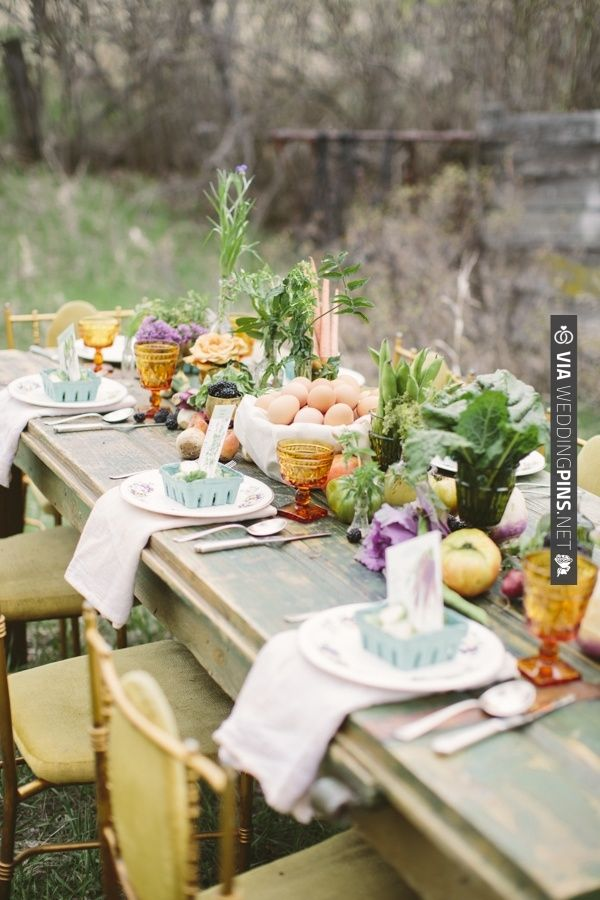 Farm table decor ideas check out more ideas at weddingpins net wedding personeel funksie - Personeel decor catalogus ...