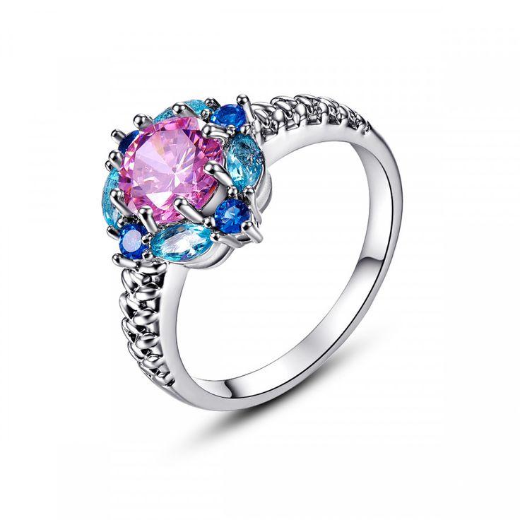 Luxusní postříbřený prsten s barevnými zirkony – Velikost 6 Na tento produkt se vztahuje nejen zajímavá sleva, ale také poštovné zdarma! Využij této výhodné nabídky a ušetři na poštovném, stejně jako to udělalo již velké …