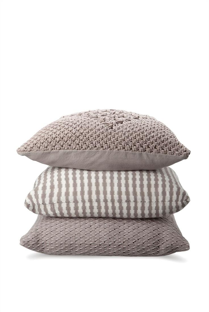 Ingred Cushion
