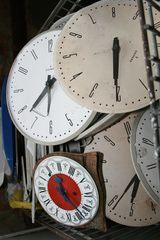 Cápsula del Tiempo. #manualidades #añonuevo #niños http://abt.cm/1Pz5ye7