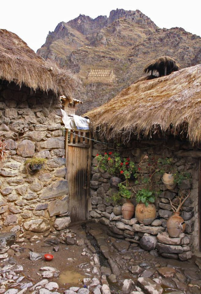 Peru Houses in the Sacred Valley