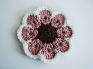This site has free tutorials for crochet. This one is for an African Flower. I like this website. tp
