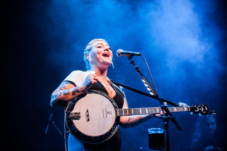 """Elle King at the Fox Theater 2-27-2016 February 27, 2016  """"fire and the flood tour"""" Vance Joy with Elle King featuring Jamie Lawson at Fox Theater"""