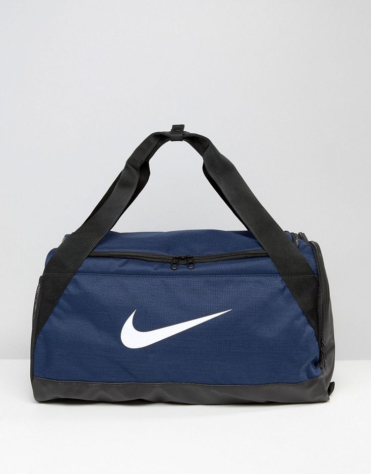 Get this Nike's sports bag now! Click for more details. Worldwide shipping. Nike Small Brasilia Holdall Bag In Blue BA5335-410 - Blue: Duffle bag by Nike, Durable canvas, Unstructured design, Printed logo, Reinforced grab handles, Detachable strap for comfort, External side pockets, Top zip fastening, Ventilated main compartment for breathability, Contrast base, Machine wash, 100% Polyester, H: 30cm/12 W: 51cm/20.5 D: 28cm/11, Supplier code: BA5335-410. Back in 1971 Blue Ribbons Sports…