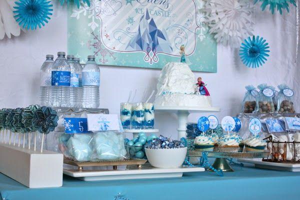 Frozen Birthday party + free Frozen printable
