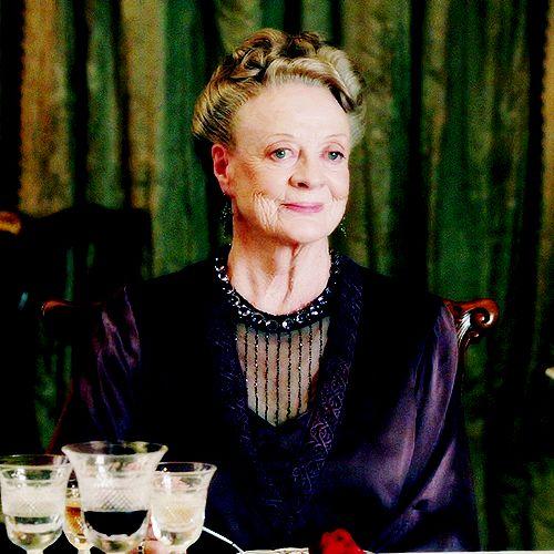 """Даунтон Abbey - вдовствующая графиня Гранты (фиолетовый Кроули ♔ Мэгги Смит) # 3 - """"Кажется, жаль упустить такую хорошую пудинг."""" - Страница 20 - Смотреть фильмы онлайн"""
