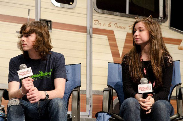 (4) Walker Stalker Con‏Verified account @WalkrStalkrCon  38m38 minutes ago More #WSCAtlanta! Our panel with @chandlerriggs and @katelynnacon starts in 15 minutes at the Murphy Ballroom Stage!  http://walkerstalkercon.com/atlanta/schedule …
