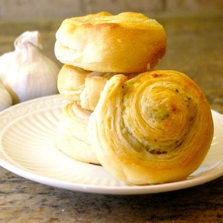 Parmesan, Pillsbury crescent roll recipes and Garlic on Pinterest