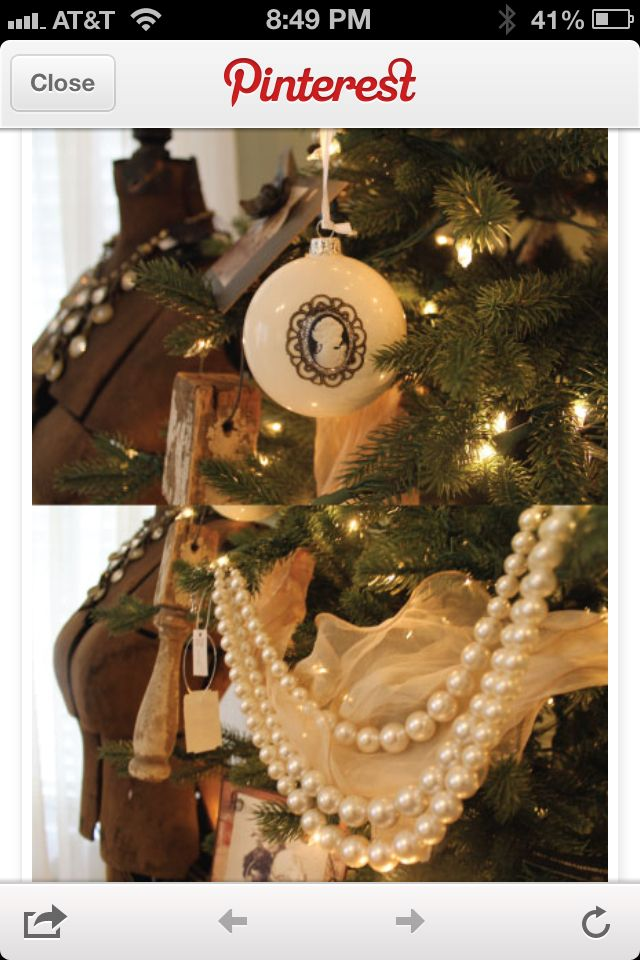 Vintage Christmas: Christmas Time, Vintage Christmas, Christmas Decor Ideas, Ideas Houses, Holidays Ideas, 2011 Holidays, High Heels, Christmas Ornaments, Christmas Ideas