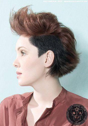 Undercut zum Iro aufgestylt - Frauen Frisuren-Bilder - COSMOTY.de