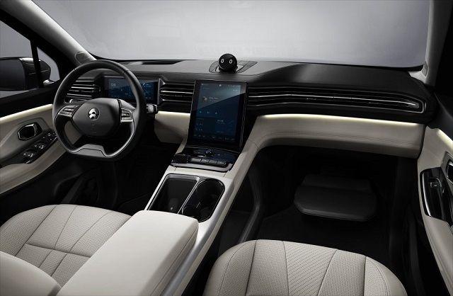 NIO ES8 7 seater electric SUV interior