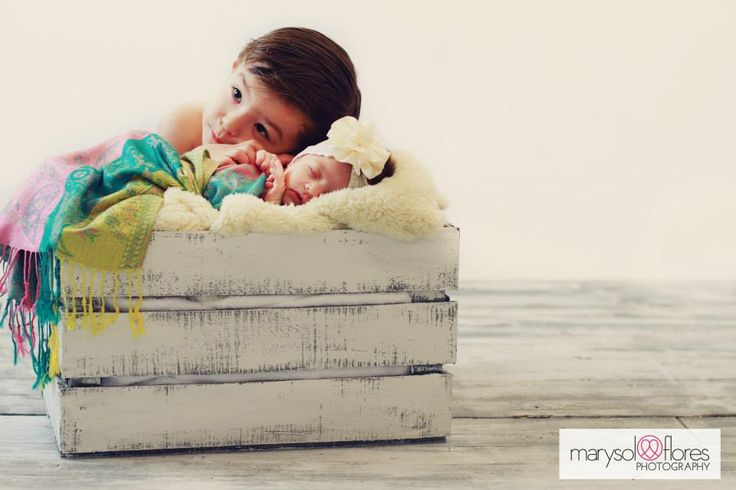 Newborn by Marysol Flores Photography. http://www.pinterest.com/marysolphoto/ #newborn #photography